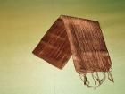 Silketørklæde . Lys brun.